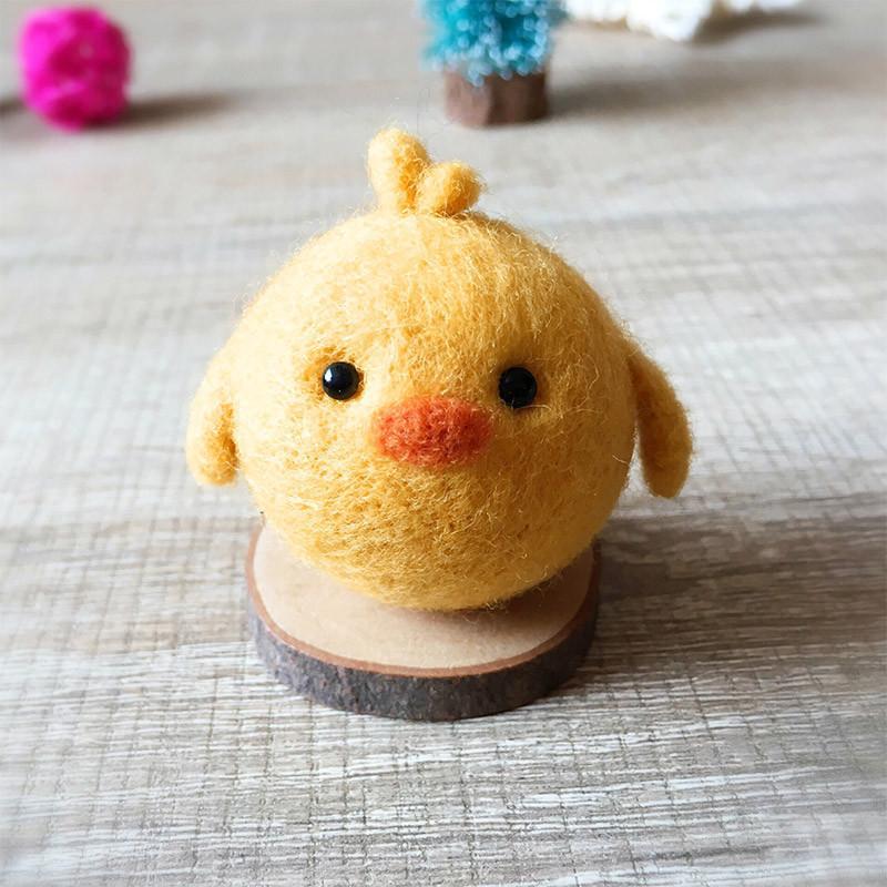 Chick needle felting feltify