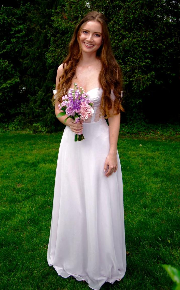 Sharon prom dress 1-749459-edited